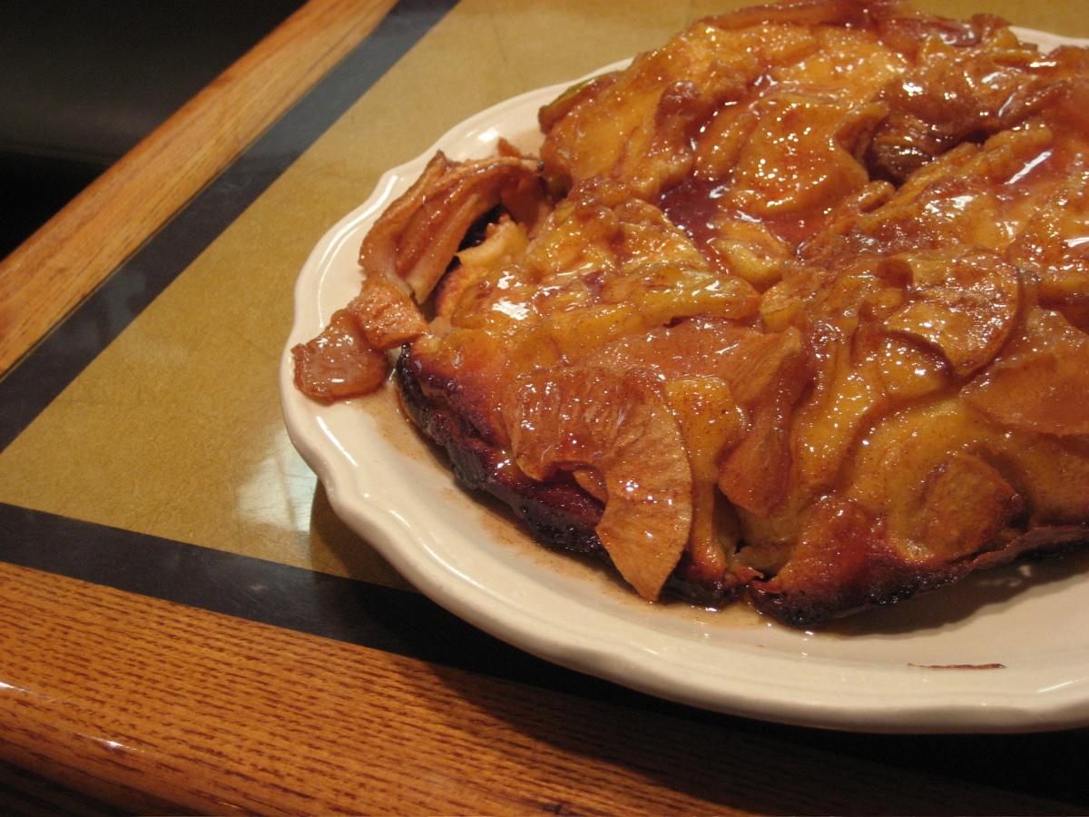 Bickford's Apple Pancake